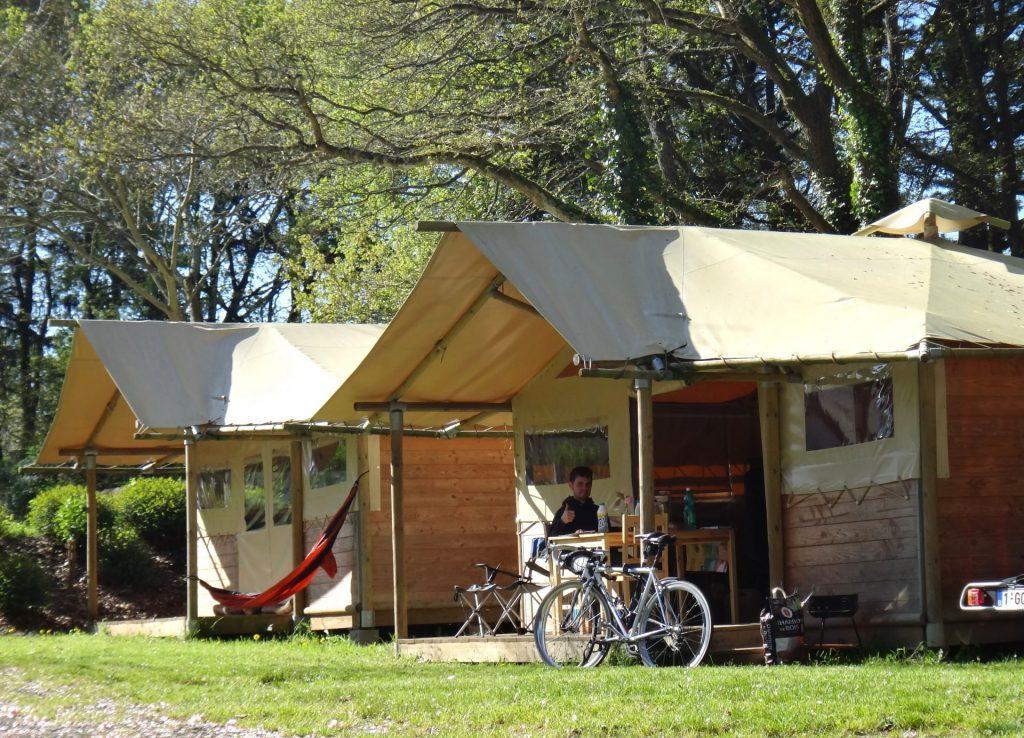 Camping Lac De Savenay : Page Location Authentique Ambiance Intérieure 04bis (4)