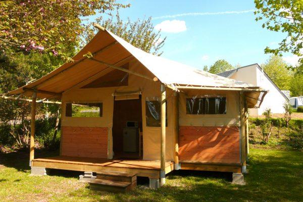 Lac de Savenay Campsite: Page Location Authentique Vignette Intérieure
