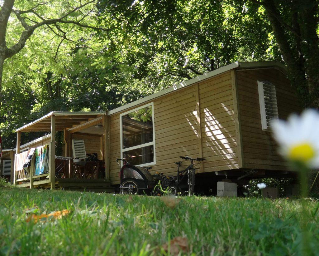 Camping Lac De Savenay : Page Location Lodge Vignette Intérieure