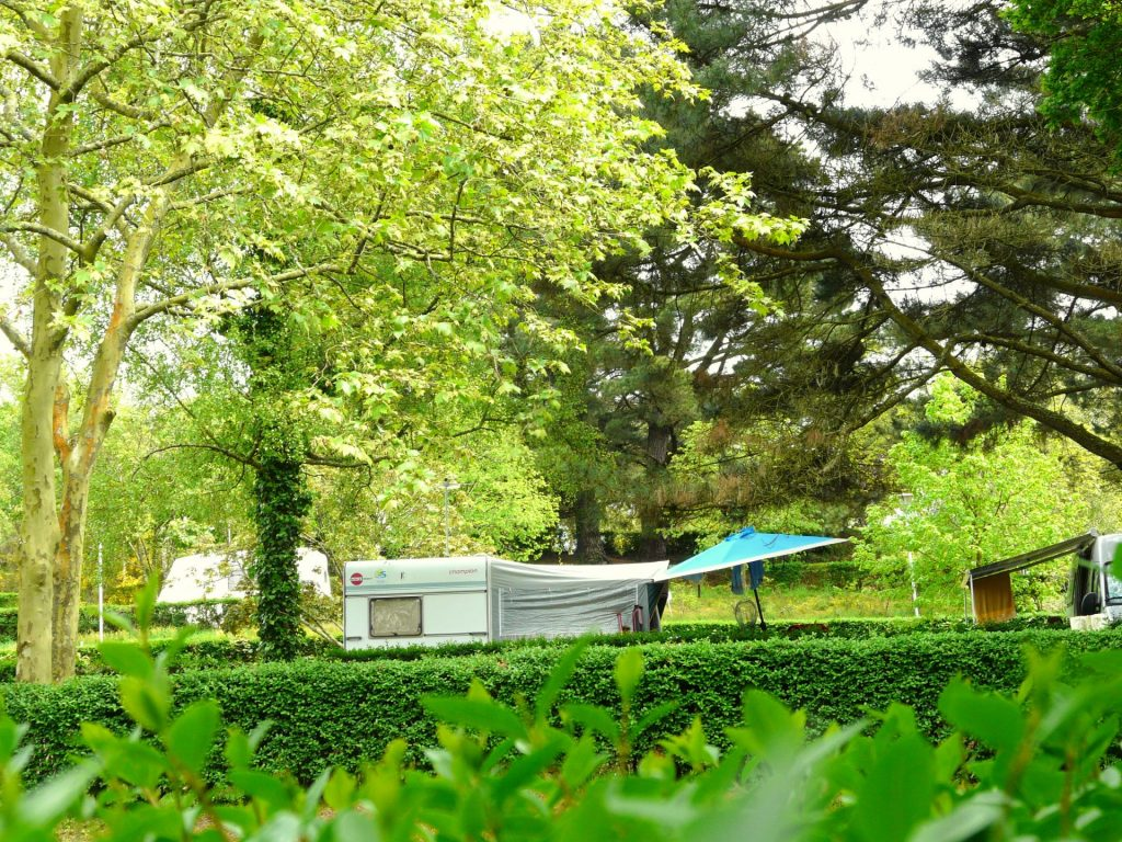 Camping Lac De Savenay : Page Camping Cadre Et Nature Emplacement Camping 003