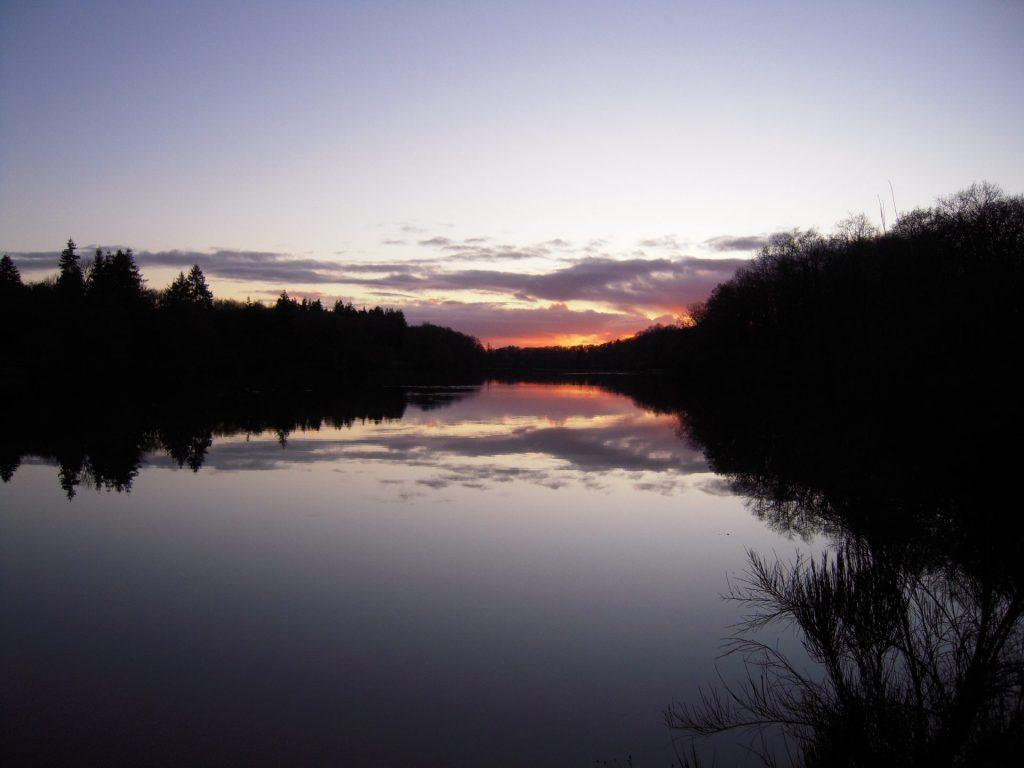 Camping Lac De Savenay : Page Camping Cadre Et Nature Le Lac Savenay 06