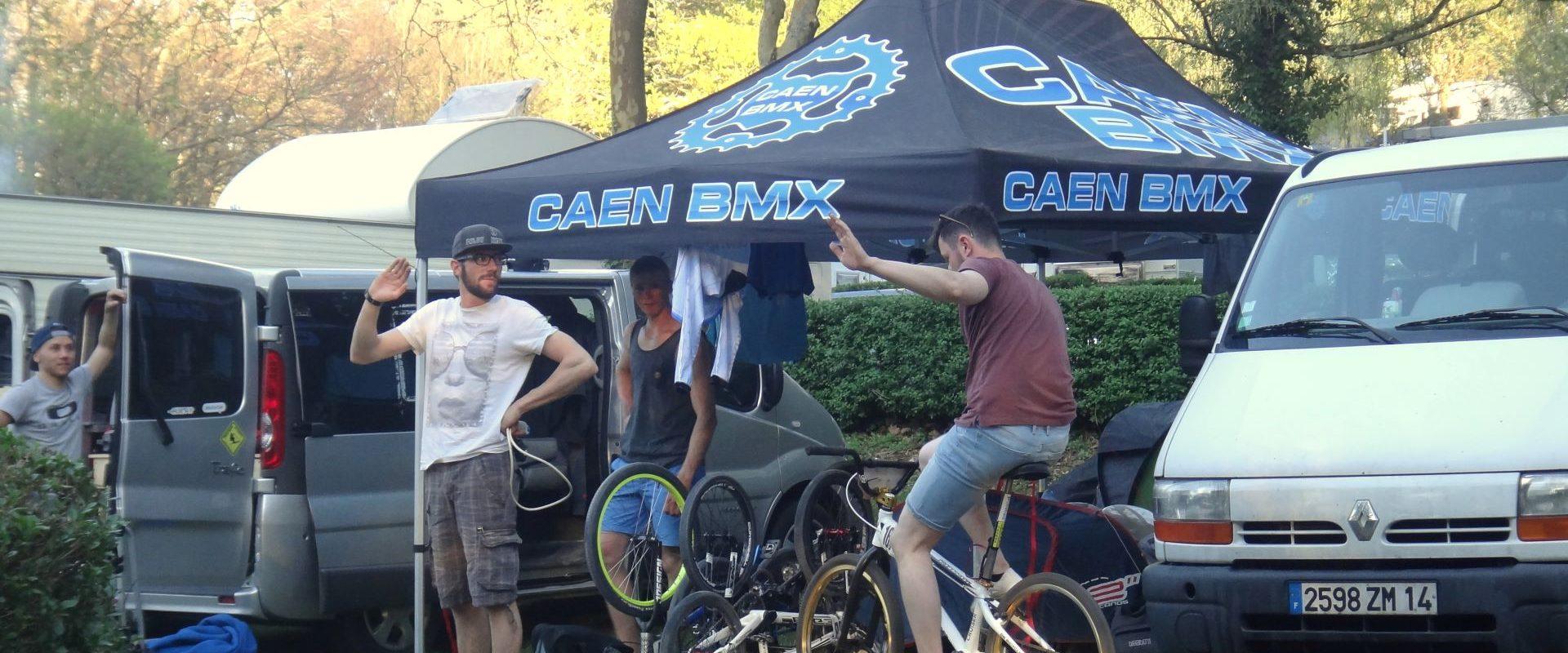 Camping Lac De Savenay : Bandeau Pro Et Groupe 01