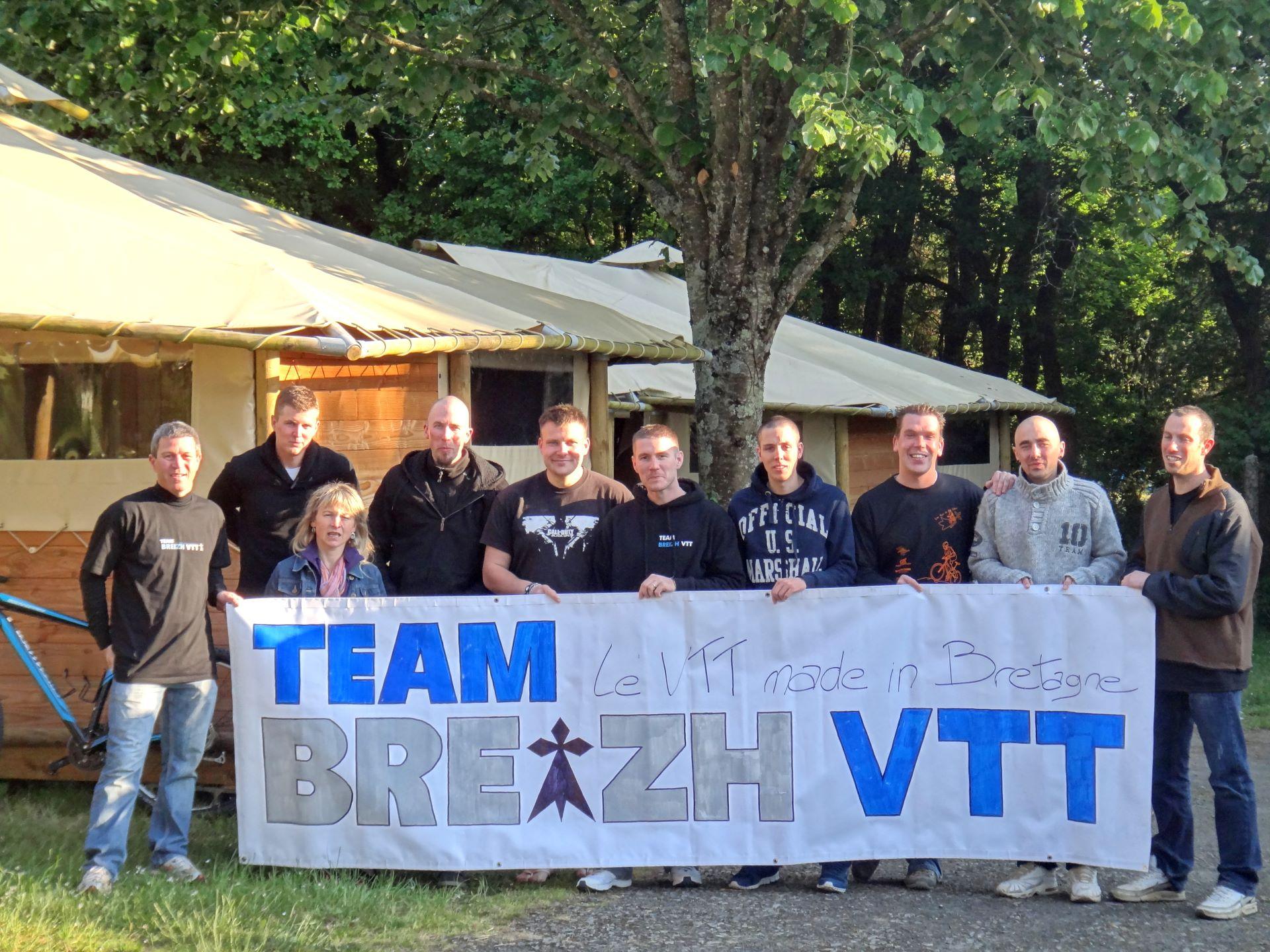 Camping Lac De Savenay : Bandeau Pro Et Groupe 09