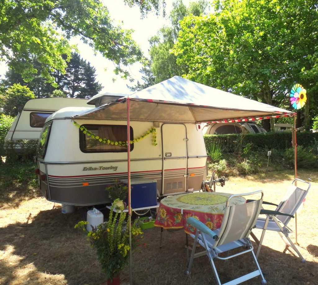 Camping Lac De Savenay : Page Emplacement Emplacement Camping Ombragé (5)